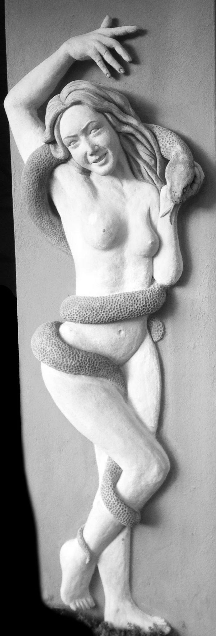 Kunst Artwork Konstanz Bildhauerei Frau Relief