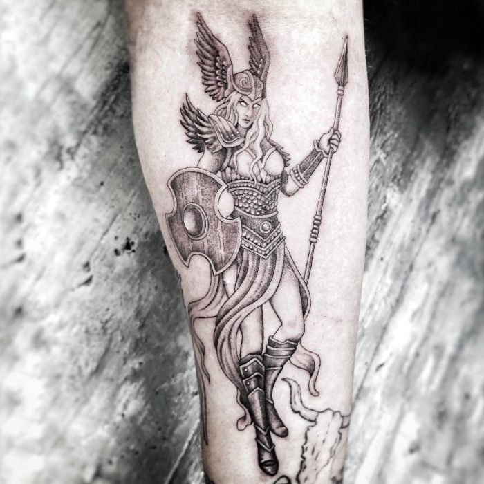 black grey tattoo mini small fine tattoostudio konstanz bodensee Walküre Valkyrie vikings wikinger 1