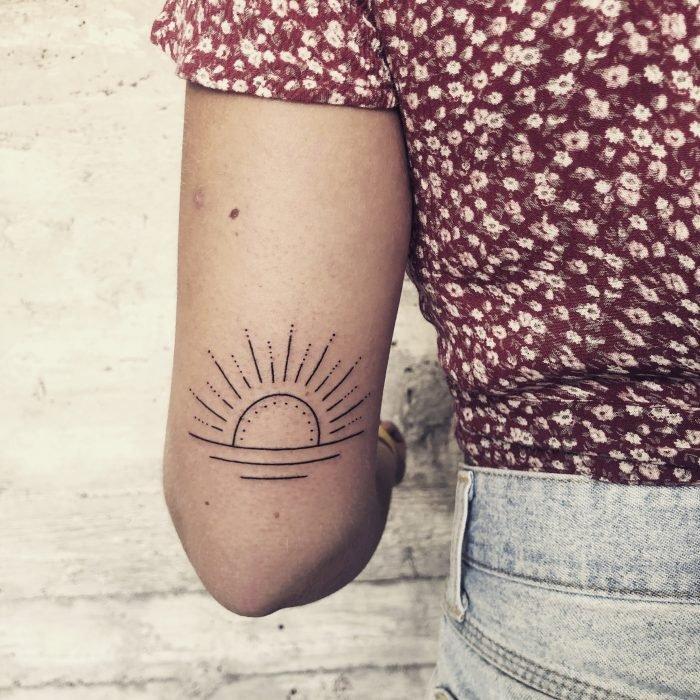linework sun sonne smalltattoo tinytattoo bodensee konstanz tattoostudio