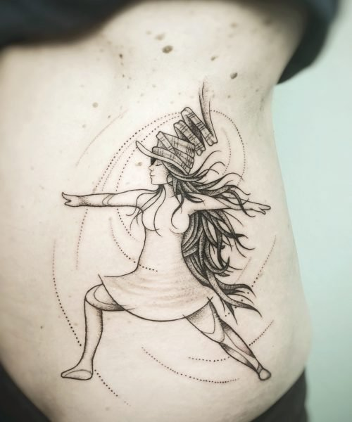Dotwork Krieger Yoga Tattoo konstanz tattoostudio bodensee