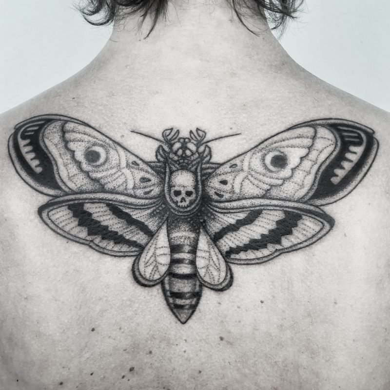 Dotwork Moth tattoo motte bodensee konstanz tattoostudio
