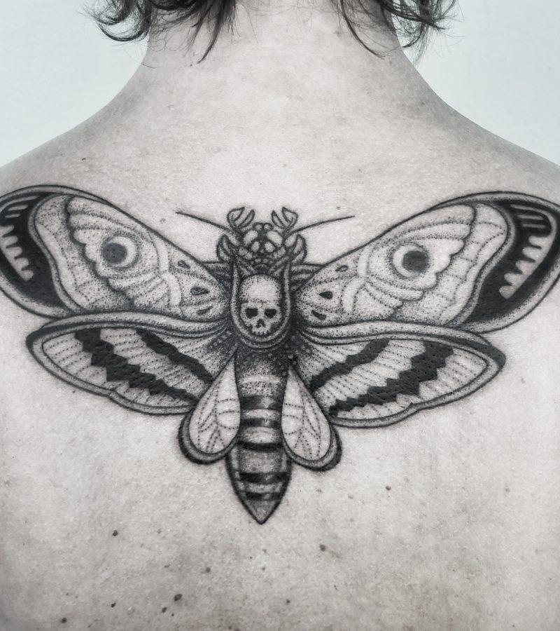 Dotwork Moth tattoo motte bodensee konstanz tattoostudio