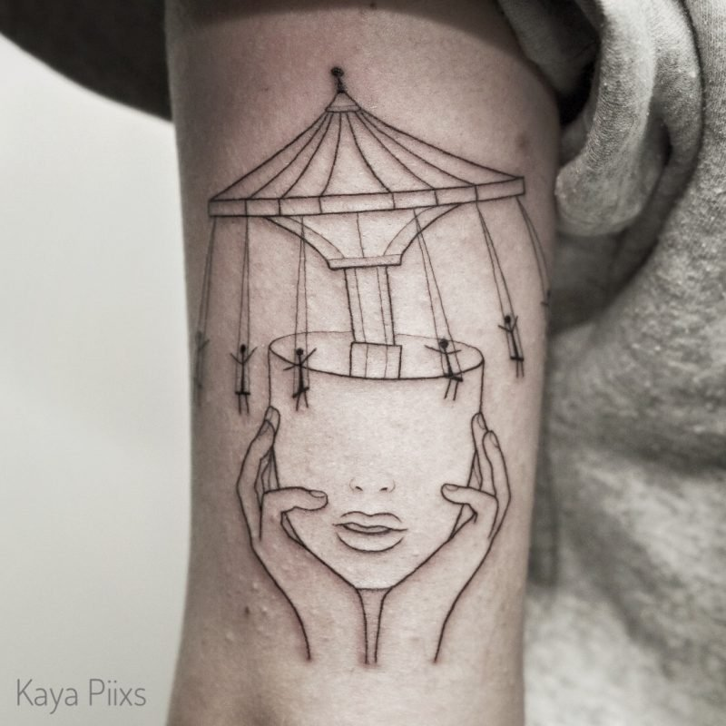 linework kopfkarussel head carousel blackwork konstanz tattoostudio PIIXS kaya piixs smalltattoo zürich bodensee